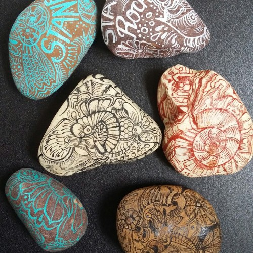 Doodling on Stones