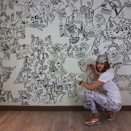 This artist doodles her entire house