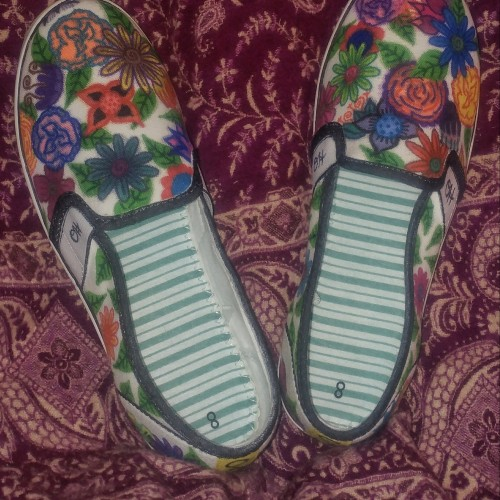 Floral Hand-Designed Canvas Shoes